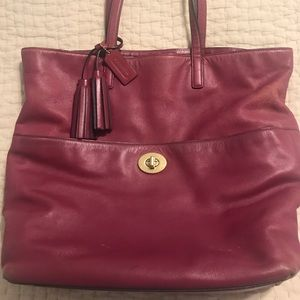 Large Coach tote!  😍